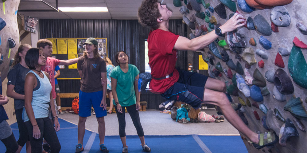 Group Bouldering